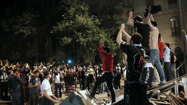 A Powerful Documentary That Follows the Rise and Fall of the Taksim Commune