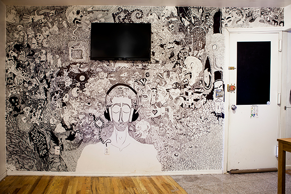 Heres A Living Room Mural Drawn With Sharpies